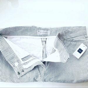 GAP Pants - Gap slim cropped seersucker pants NWT 00